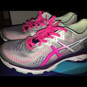 ASICS Women's Running Shoes ‼️NEW, NEVER WORN‼️